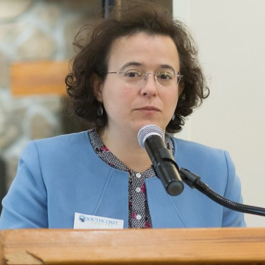 Drª Shelley Pires deixa consulado de New Bedford